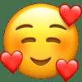 Tersenyum Malu Dihiasi Hati Apple